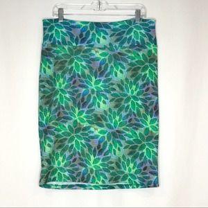 LulaRoe Cassie Green Leaf Stretch Pencil Skirt  XL